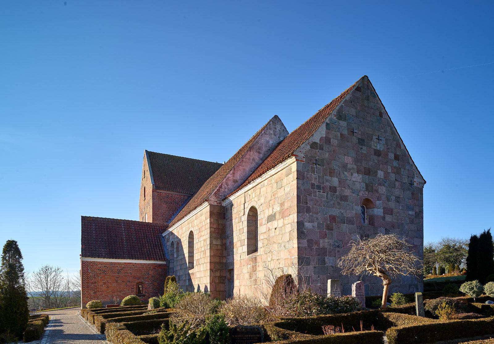 Mørke Kirke